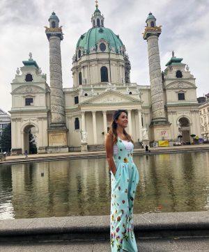 Vienna, what adorable you are! 👑 #vienna #wien #me #austria #karlskirche #church #visitvienna ...