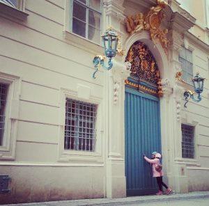 #doors #borntobefree #travelling #vienna