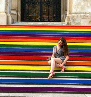 Proud to live in an inclusive city 🏳️🌈 #pride #europeanpride #prideweek #viennapride #vienna #viennauniversity #straightbutnotnarrow #inclusive #diversity...