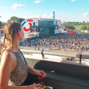 Enjoy every moment - Donauinselfest 🎉 _________________________ Vor 2 Jahren war ich das letzte Mal am Donauinselfest...