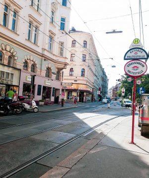 🇦🇹 Heimatliebe ❤ ich werde mich nie an den Altbauten satt sehen können! ➖➖➖➖➖➖➖➖➖➖➖➖➖➖➖➖➖➖➖➖➖➖ #vienna #urlaub #wien...