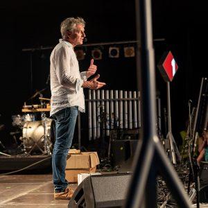 Alfred Dorfer im Ö1 Kulturzelt! . #oe1dif #inselfest #dif19 #alfreddorfer #oe1kabarett #🏝 #donauinselfest #wirsinddabei #tgif Ö1 Kulturinsel