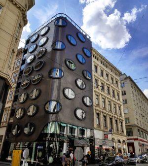 #hotel #topazz #wien #architecture #fasade #windows #trip #ausgezeichnet #travel #street #style #österreich