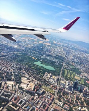 #wizzair #travel #vienna #austria #journey #trip #europe #citylife #fly #plane #travel #traveltheworld #sky ...