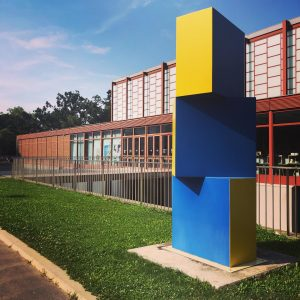 Architectural things #wheninandaz #belvedere21 #writerslife #womenwhotravel