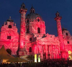 Warum erfrischt mich das ottakringer bloß so #popfest #popfestwien #karlsplatz #karlskirche #ottakringer #sommerabend #mehralslau #ententeich #fm4 #spittingibex...