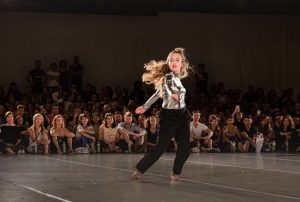 dance is emotion @impulstanz_festival . . #impulstanzfestival #impulstanz #impulstanz19 #rhythmisadancer #dekorationswerkstätten #impulstanzdanceclass #danceclass ...