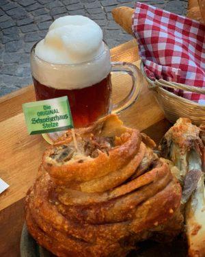 #wien #vienna #schweizerhaus #stelze #bier #beerisgood #wienerprater #prater #stadtwien #wienliebe #viennatouristboard #visitvienna #viennaeats #viennanow #viennafoodblogger #igersvienna #1000thingstodoinvienna