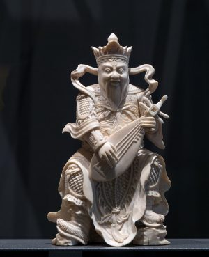 Meet the Heavenly King of the East: Chi Guo. He is the god of music, protecting all...