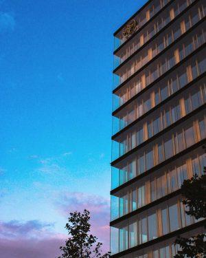 Sunset. #zalazaksunca . . . #detail #window #instawindow #windowsofinstagram #sunset #ig_sunset #wien #vienna #bec #austriagram #austria #travelaustria...