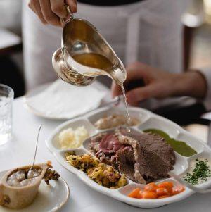 Every bite tastes like Austria. #tafelspitzlove 😌 . . . #schnitzellove #meisslundschadn #restaurant ...