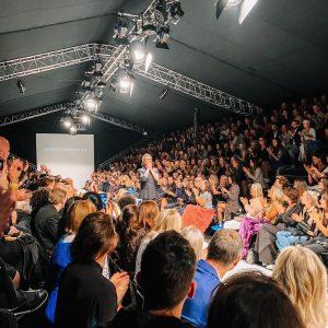 Die große #openingshow der #viennafashionweek von @marcelostertag und seine #collections #heroes und #lovers ...