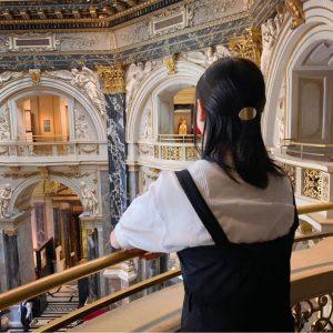 . 昨日はウィーンの美術史美術館に行ってきた! 絵が綺麗すぎて浄化された。 美術館の中にある世界一美しいカフェも素敵すぎた。☕️🍰 #austria #wien #vienna #kunsthistorischesmuseum