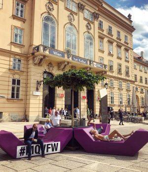summer vibes reloaded!☀️🙂👙 . . #visitMQ #art #architecture #museum #creativespace #foodanddrink #sunshineday #Vienna ...