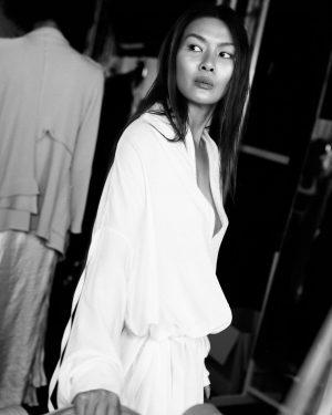 S/S 20 @irina_schrotter @mqviennafashionweek #backstagemoments #ss20 #vienna foto: @ralucaciornea ❤️