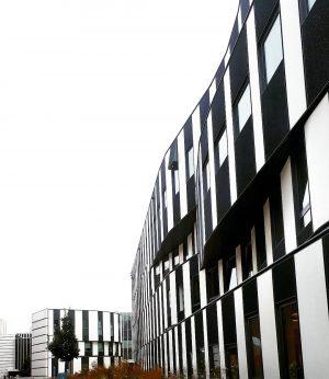 ◽⬛◽⬛◽ #minimalism #architecture #architecturephotography #wien #vienna #photooftheday #blackandwhite #vsco