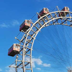 LIVE FROM VIENNA: A stop at the Giant Ferris Wheel... #septemberinvienna #prater #rundfahrtwien ...