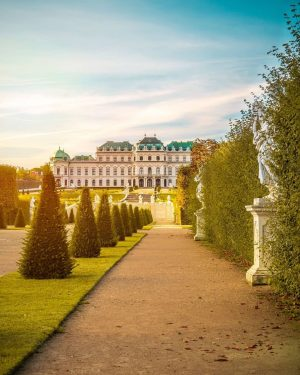 Have a look at this beautiful capture of the Upper Belvedere! Did you visit Belvedere Palace while...