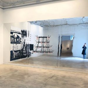 Monica Bonvicini bei #krinzingergallery #contemporaryart #installation #nicolegnesa #flaschentrockner #marcelduchamp Galerie Krinzinger