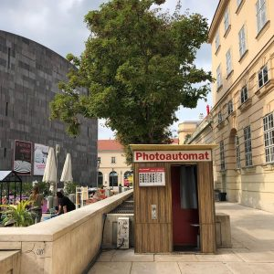 유럽판 인생네컷이요🌲❤️ #photoautomat #vienna #leopoldmuseum