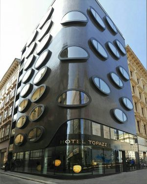 The Topazz design hotel by BWM architect n parter in vienna's city center ...