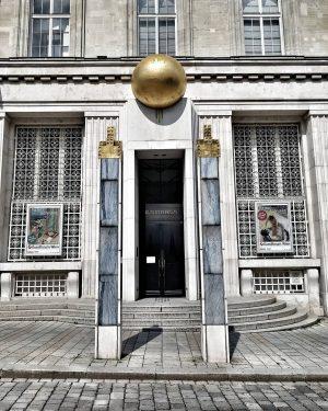 Kunstforum Wien auf der Freyung im 1. Bezirk. . . . . . . . . #wien...