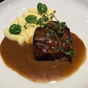 Beef, purée and crème brûlée 🍽 - - - - - - - - #dinner #fancy #fancypants...