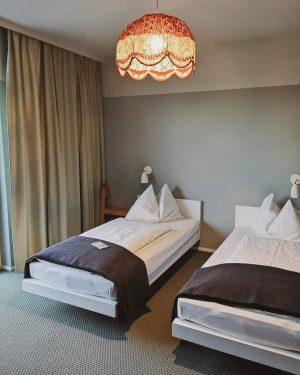 So ein süßes Retro-Hotel. Früher ein Altersheim, dann eine Obdachlosenunterkunft und jetzt ein ...