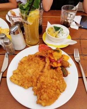 Vienna's finest 👌 #miam #food #wienerschnitzel #vienna #photo