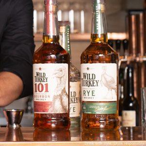 Besucht Niko Augustin in der Porto Bar und probiert seine außergewöhnlichen Cocktail-Kreationen. Wir empfehlen euch unbedingt seinen...