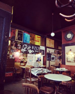To do on Europe tour in Vienna -visit Kaffeehaus and independent cafe! ウィーンのカフェ文化は世界無形文化遺産にも登録されています。 ...