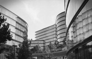 Timeless architecture. #filmisnotdead #blackandwhite #architecture #vienna #wien #analogphotography @foto.freunde hauptbahnhofcity.wien