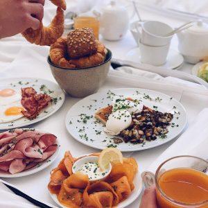 *Anzeige* Hotel Hotspots 2/7 🍸 Egal ob Frühstück im Bett oder lange Nächte ...