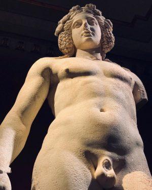 Dionysus @kunsthistorischesmuseumvienna #presence#hellenisticart#greekmythology