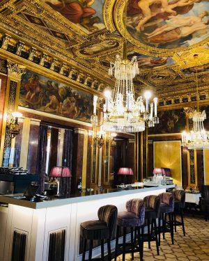 Feels like having lunch in palace#vienna Gerstner K & K Hofzuckerbäcker