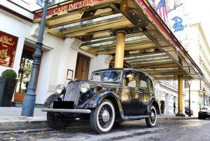 #Wien#Vienna#Austria#England#Austin#oldtimer#carporn#carlife#carlifestyle#carspotting#igerswien#igersvienna#igersaustria#worldwide#wciv#wienstagram#dasiswien#imperialvienna#2k19 Hotel Imperial, a Luxury Collection Hotel, Vienna