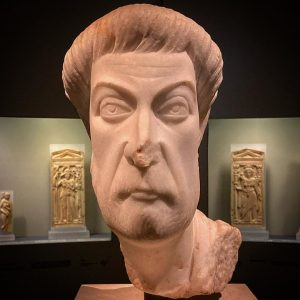 The face of Late Antiquity (so-called Eutropius, 5th century, from Ephesus) #portraitsculpture #whythelongface