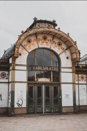 02/09/19 🇦🇹 Karlsplatz Zostawiam was z tą mega klimatyczną fotą, oczekujcie więcej fotek ...
