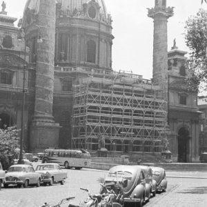Karlsplatz 1959|2019. Heutzutage kaum vorstellbar, aber direkt vor der Karlskirche befanden sich früher ...