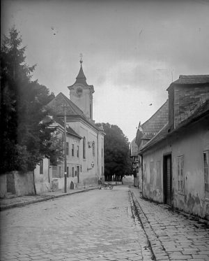 (1920/ÖNB/Wiki) Ägydiuskirche. 1529 wurde erstmals eine Kapelle in Pötzleinsdorf genannt, die der heiligen Maria und dem heiligen...