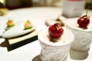 維也納唯一的一家三星餐廳 Amador 不唬爛,真的好吃! #amador #michelin3stars #michelin #vienna #yammy #amazing #like #love #likeforlike #哥玩的是一種生活療癒 #哥吃的是全世界 #eeeeeats #foodphotography #foodporn...