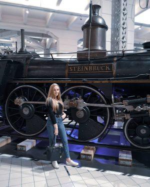 🌿 #polishgirl #wycieczka #trip #travel #vienna #city #museum #wolnydzień #me #polskadziewczyna #girlythings #ootd #outfit #happiness #autumn #jesień...