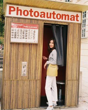 tons of film photos are coming! 🤓 #linenxaustria #ยุโรปอะไรดีนะ #throughmyreddotfilm #leicaminilux #kodakektar100