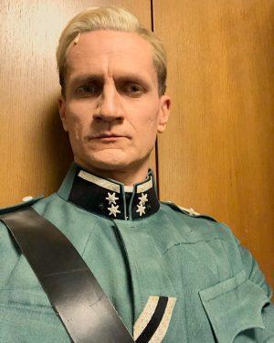 He's bad! 🤭I mean: He's back! #volksoper #operette #csardasfürstin #baroneugenvonrohnsdorff #christiangraf #actorslife #lovemyjob #badguy #blondeshavemorefun Volksoper Wien