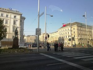 It's #viena , #austria #streetphotography.