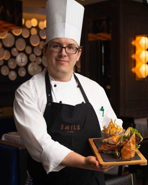 Steak Sandwich @emile_restaurant restaurant at Hilton Vienna Plaza @hiltonviennaplaza #steaksandwich #vienna#hiltonhotels #wearehiltonwearehospitality #food#professionalchefs ...