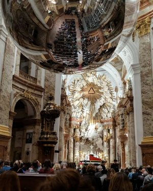 Concert night.. Four seasons, by Vivaldi 🍃 #violin #concert Karlskirche, Wein