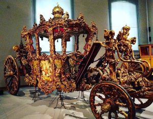 imperial carriage #vienna #austria🇦🇹 #travelphotography #likeforlikes #folowme #follow4followback #followfollow