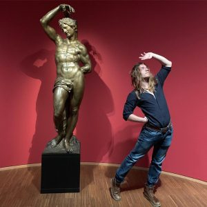 - One Greek God, and one statue.... - To think some dude was painting s small canvas...