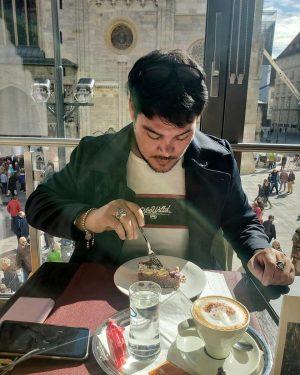 Siempre hay tiempo para un Café y un postre #12 #postre # cafe Boutique Hotel am Stephansplatz